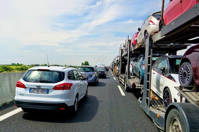 Časté chyby řidičů při jízdě po dálnici