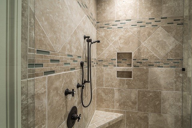 Sprchový kout