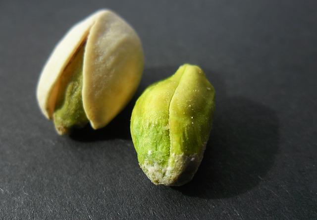 Zelené oříšky – půl zdraví